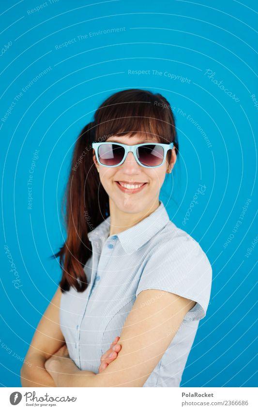 #A# Smile Blue 1 Mensch ästhetisch Passbild Porträt Frau Fröhlichkeit Glück happy blau lachen Lächeln Bluse verschränken Sonnenbrille Karriere Farbfoto