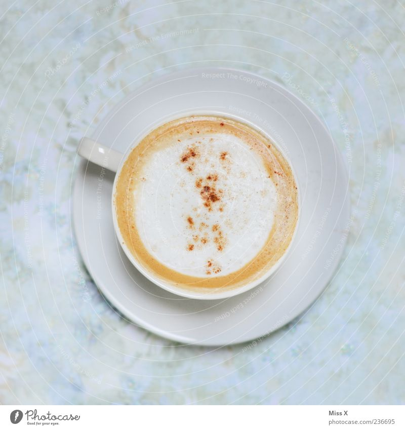 Wach bleiben ! Lebensmittel süß Getränk Kaffee heiß Café Tasse lecker Kaffeetasse Cappuccino Kaffeepause Geschirr Gastronomie Untertasse Milchkaffee