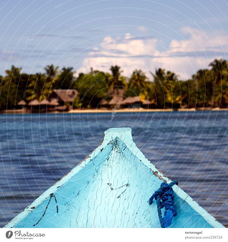 Einbaum im indischen Ozean / Madagaskar blau Wasser Ferien & Urlaub & Reisen Meer Strand Landschaft Küste Schwimmen & Baden Wellen Insel Tourismus