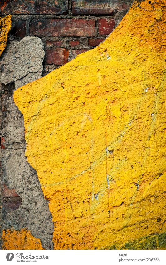 Image alt gelb Wand Mauer grau Hintergrundbild Fassade dreckig kaputt einfach Vergänglichkeit Vergangenheit Verfall Backstein graphisch