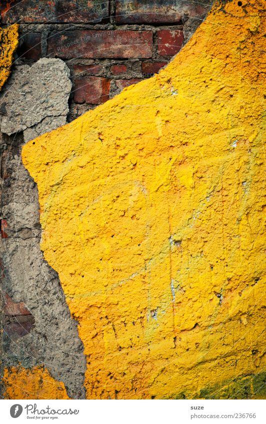 Image alt gelb Wand Mauer grau Hintergrundbild Fassade dreckig kaputt einfach Vergänglichkeit Vergangenheit Verfall Backstein graphisch eckig