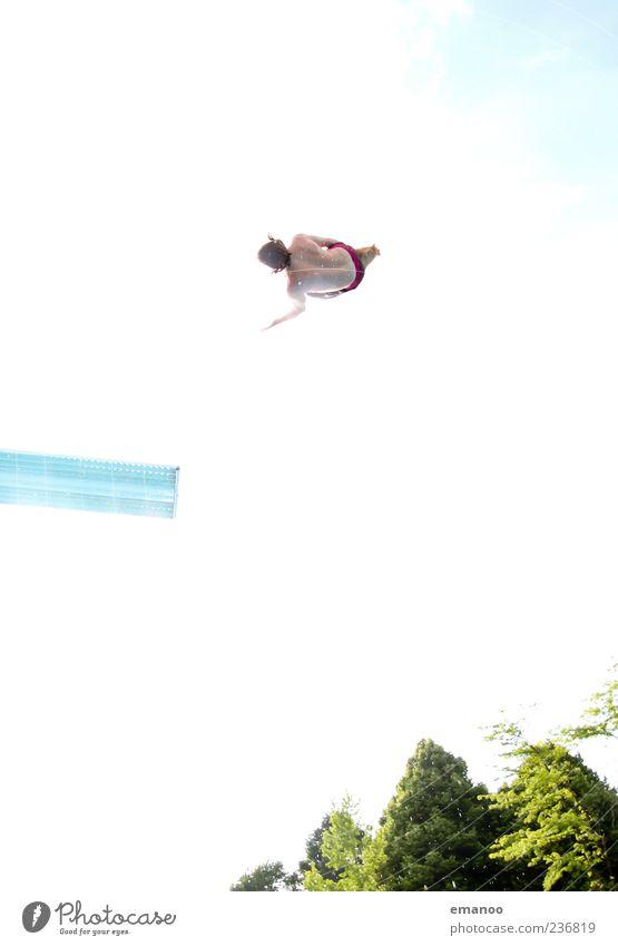 Mr. HighFly Lifestyle Stil Freude Schwimmen & Baden Freizeit & Hobby Freiheit Sommer Sonne Wassersport Sportler Schwimmbad Mensch maskulin 1 Bewegung fliegen