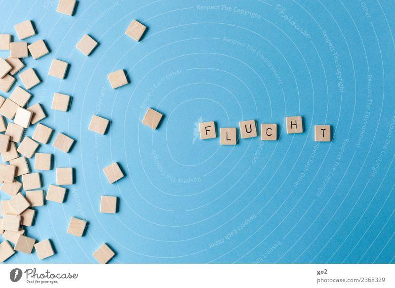 Fluchtbewegung blau Wege & Pfade Spielen Freiheit Angst Schriftzeichen Zukunft gefährlich Wandel & Veränderung bedrohlich Todesangst Ziel Zukunftsangst Risiko