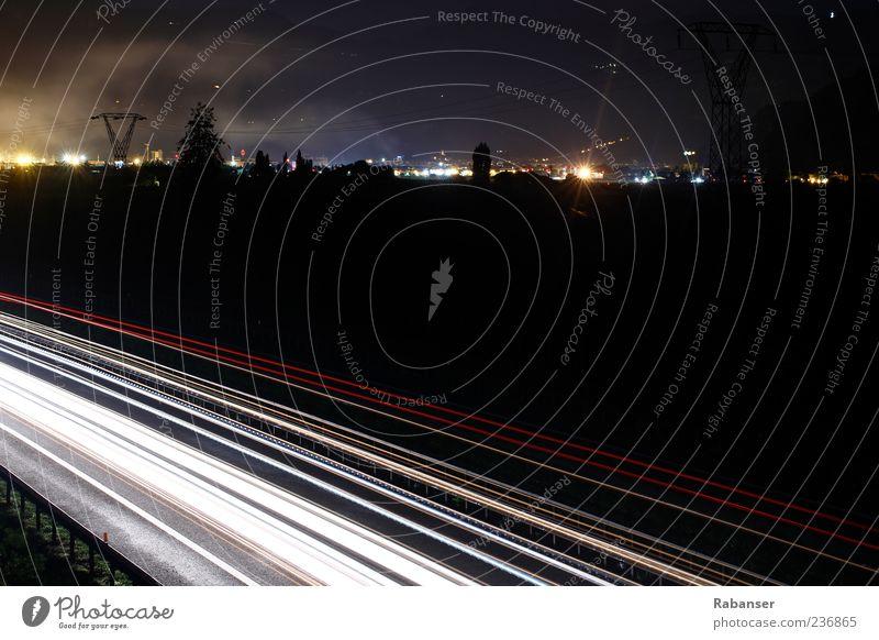Autobahn weiß Stadt rot Haus Straße Wege & Pfade Lampe Stimmung Ordnung Verkehr modern fahren Italien Kontakt Autobahn Verkehrswege