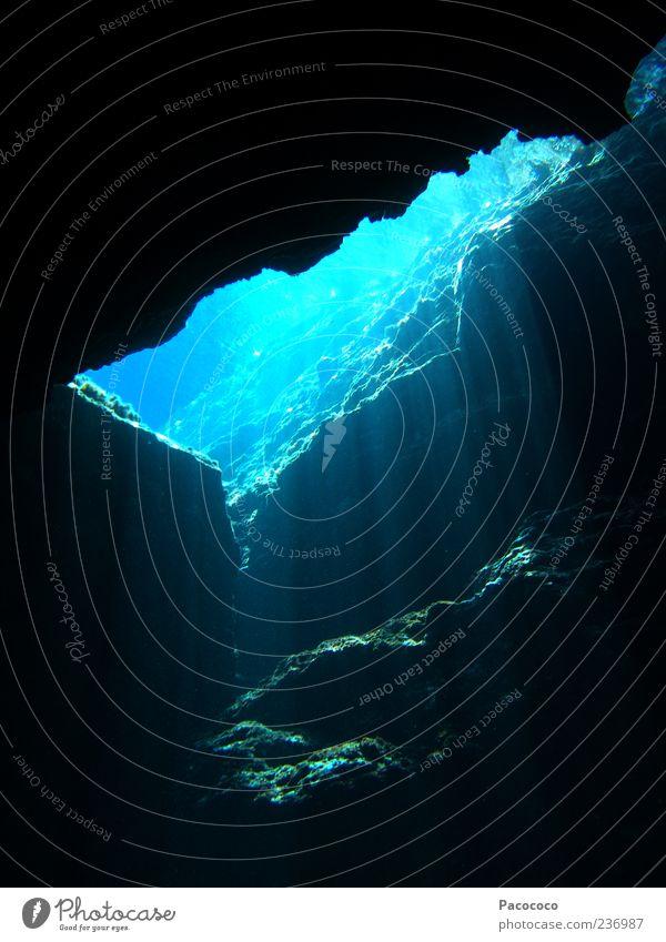 Unterwasserhöhle ruhig Ferien & Urlaub & Reisen Ausflug Meer tauchen Natur Wasser Sommer Schönes Wetter Stein außergewöhnlich dunkel blau Kraft gefährlich