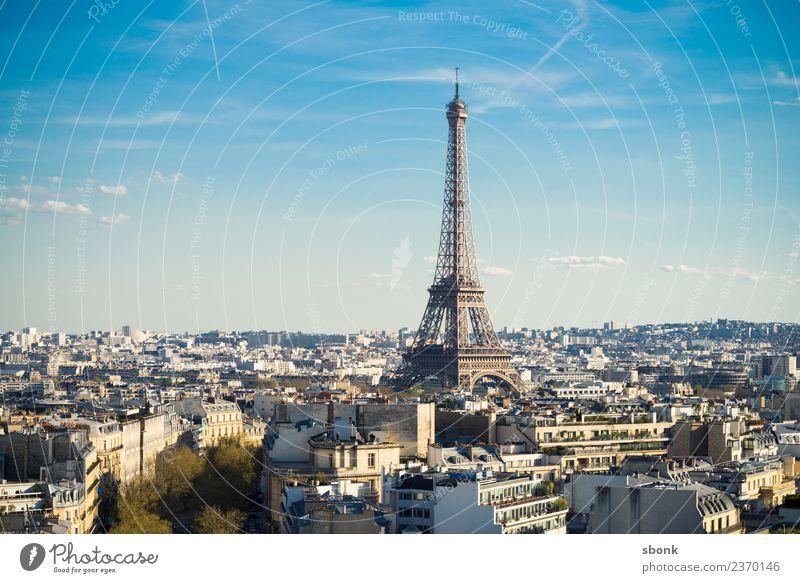 Paris Skyline Bauwerk Gebäude Architektur Sehenswürdigkeit Wahrzeichen Denkmal Tour d'Eiffel Ferien & Urlaub & Reisen Textfreiraum oben Tag