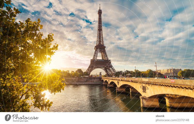 Sonnenstrahlen in Paris Ferien & Urlaub & Reisen Sommer Stadt Skyline Tour d'Eiffel Liebe Eiffel Tower France Urban Großstadt Architecture Tourism french