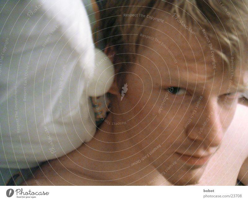 Montag morgens... Mann ruhig Schaf Decke Kissen wach aufwachen ruhen wecken Märchen Haarpflege Kopfkissen
