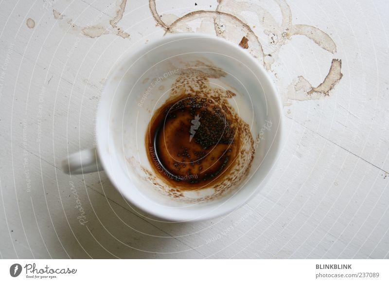 pot poetry Häusliches Leben Tisch Küche trinken dreckig Ekel trashig braun weiß bequem Kaffee Tasse Fleck Farbfoto Innenaufnahme Nahaufnahme Morgen Rest