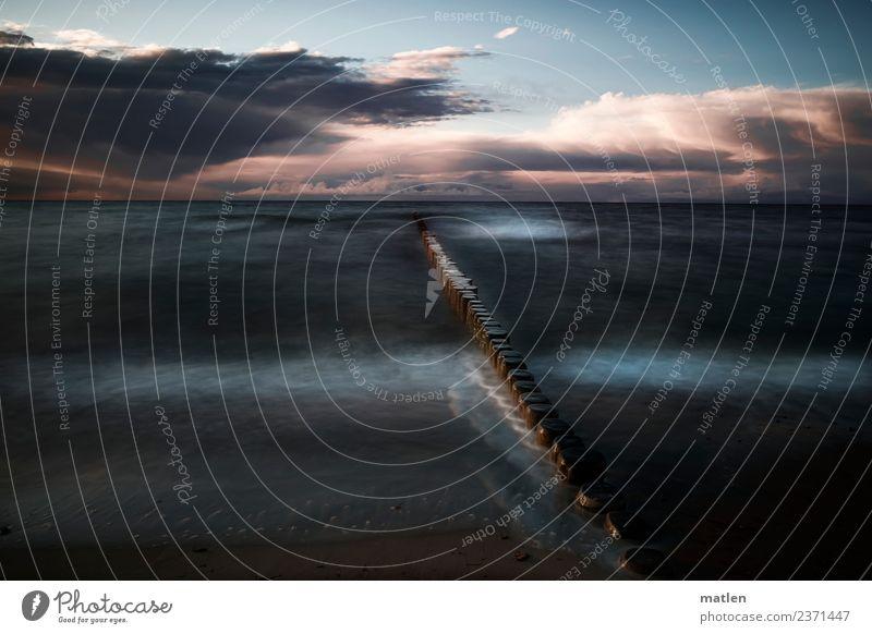 der Tag geht Landschaft Wasser Himmel Wolken Gewitterwolken Sonnenaufgang Sonnenuntergang Sommer schlechtes Wetter Wellen Küste Strand Ostsee Menschenleer