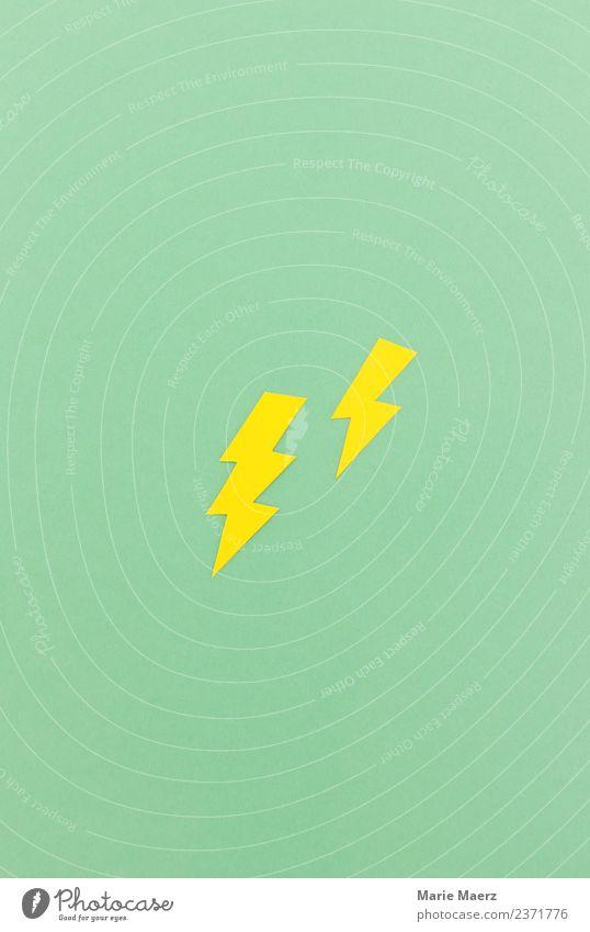 Gelbe Blitze Klima entdecken Spitze stark wild gelb grün Kraft Macht Mut Wut Idee Papierschnitt Farbfoto Studioaufnahme abstrakt Menschenleer Textfreiraum oben