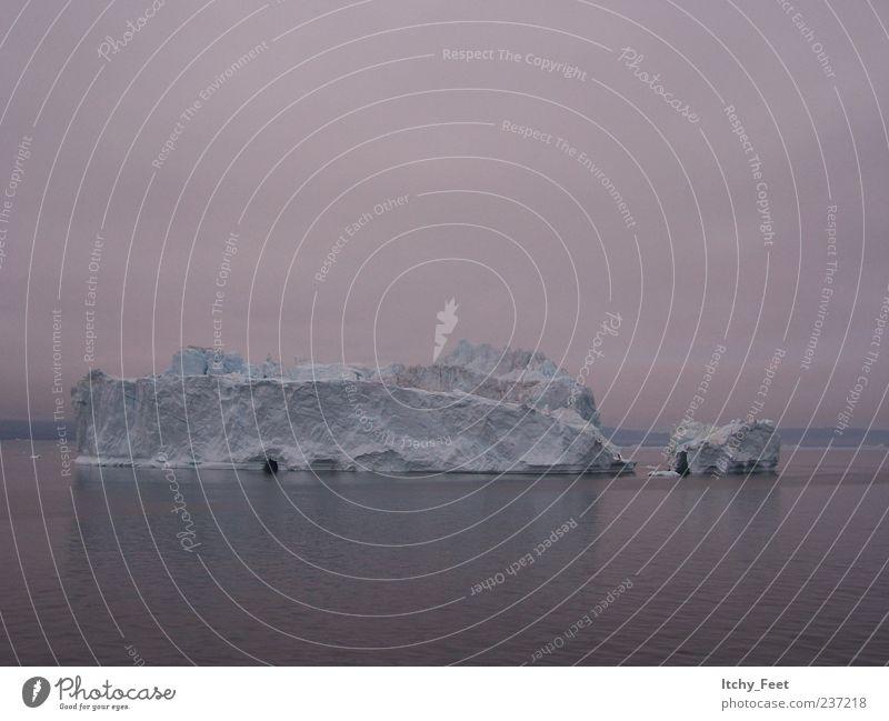Dämmerung über Grönland Ferien & Urlaub & Reisen Expedition Umwelt Natur Landschaft Luft Wasser Himmel Wolken Sonnenaufgang Sonnenuntergang Küste Meer eckig
