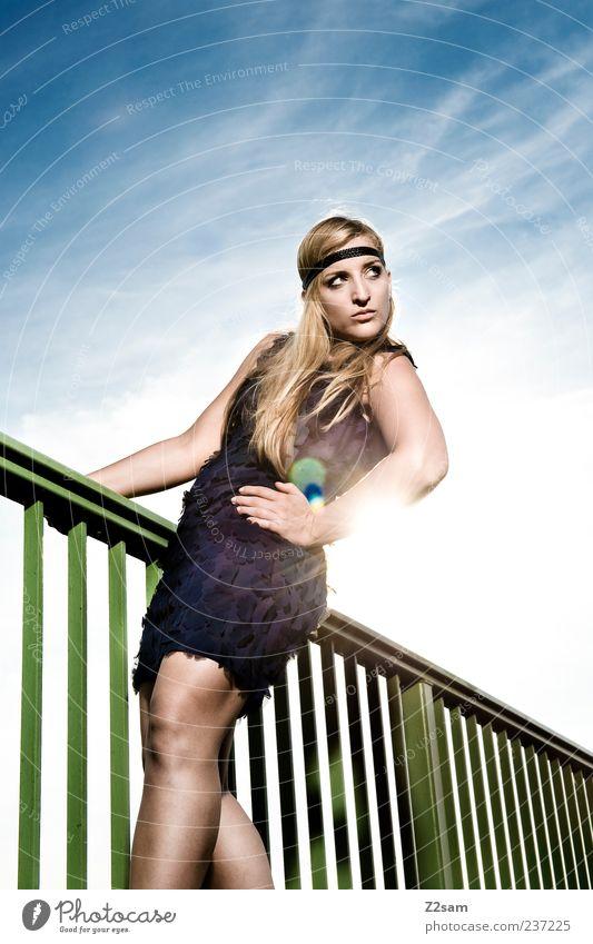 summer Lifestyle elegant Stil feminin Junge Frau Jugendliche 1 Mensch 18-30 Jahre Erwachsene Himmel Wolken Sommer Brücke Mode Kleid Accessoire Haarband