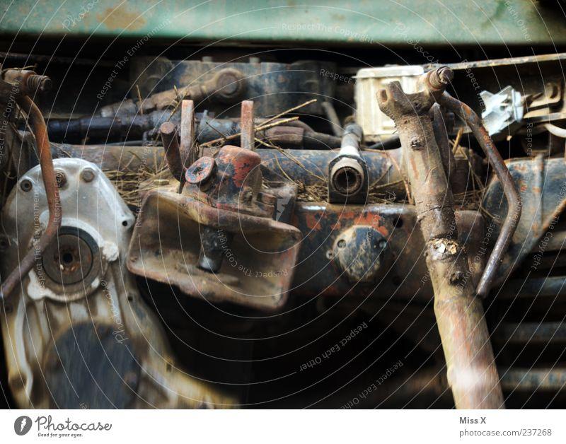 altes Etwas Metall kaputt Vergänglichkeit Stahl Verfall Rost Schrott Müll unbrauchbar