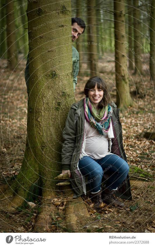Julia | schwanger im Wald Frau Mensch Natur Jugendliche Junge Frau Baum Freude Winter 18-30 Jahre Erwachsene Lifestyle Umwelt Herbst Liebe natürlich