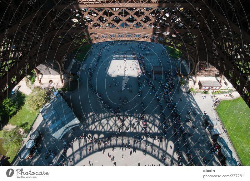 Die längste Schlange von Paris Mensch Ferien & Urlaub & Reisen Architektur Gebäude Tourismus Europa Paris Menschenmenge Wahrzeichen Frankreich Sehenswürdigkeit Hauptstadt Sightseeing Tour d'Eiffel Städtereise