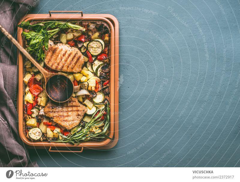 Grillgemüse und Fleisch Lebensmittel Gemüse Kräuter & Gewürze Ernährung Mittagessen Picknick Geschirr Löffel Stil Design Hintergrundbild Hähnchen
