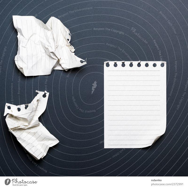 weiß schwarz Business Schule Büro Papier schreiben Schriftstück Zettel Mitteilung Konsistenz Notizbuch gerissen Raster blanko Tagebuch