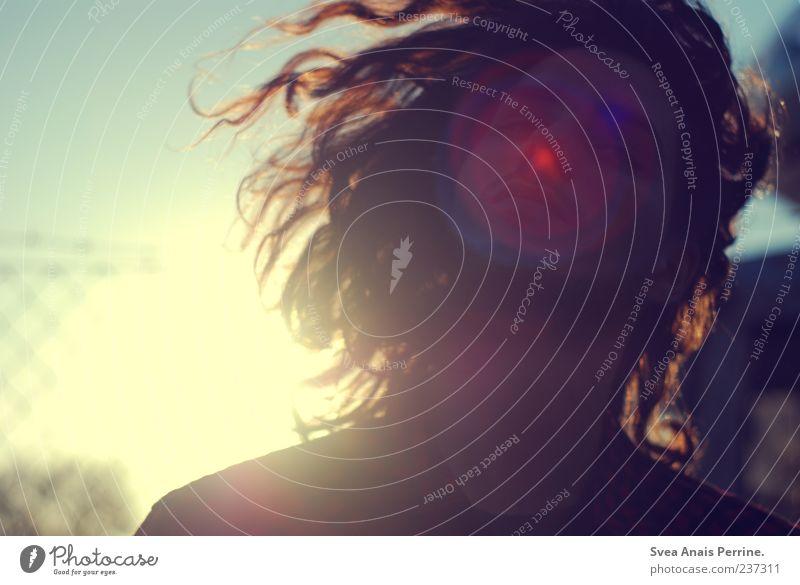 praktisch. Mensch Jugendliche schön Erwachsene Bewegung Haare & Frisuren träumen Zufriedenheit maskulin Fröhlichkeit 18-30 Jahre einzigartig Junger Mann