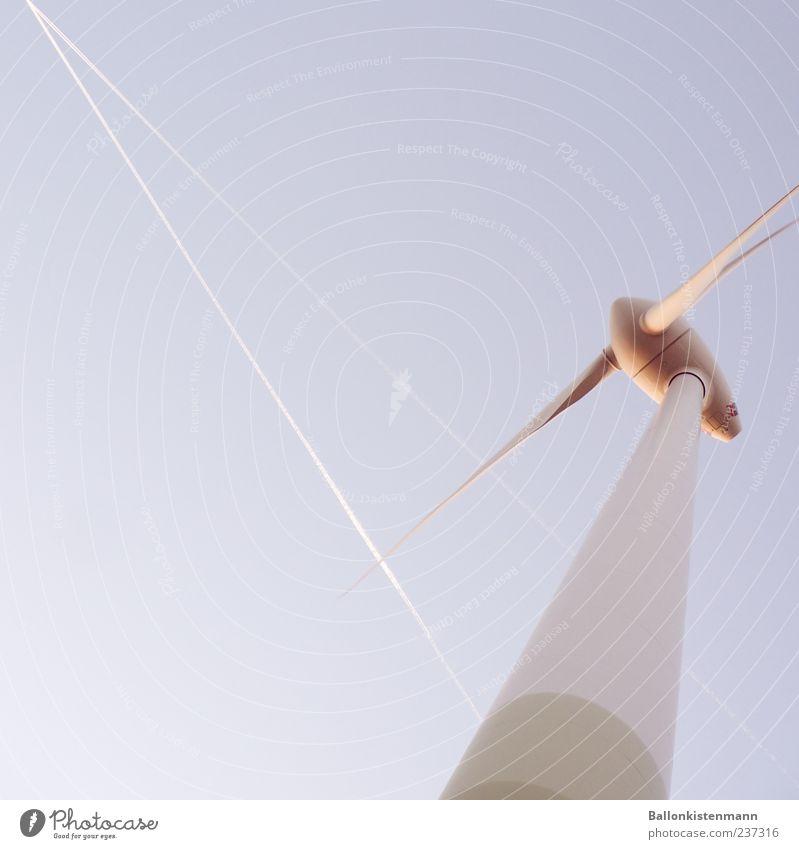 Zeit das sich was dreht Fortschritt Zukunft Energiewirtschaft Erneuerbare Energie Windkraftanlage Energiekrise Luft Himmel Sommer Klimawandel Schönes Wetter