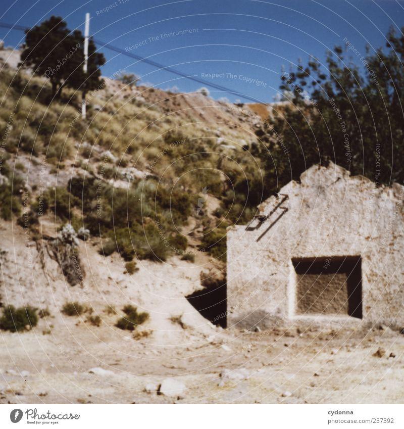 Tote Hose Natur Ferien & Urlaub & Reisen Baum Sommer Einsamkeit ruhig Haus Umwelt Landschaft Berge u. Gebirge Wärme träumen Zeit Erde Fassade Klima