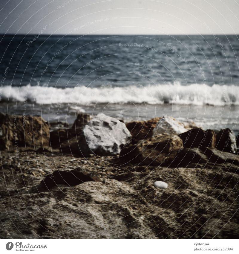 Strandfeeling Himmel Natur Wasser Ferien & Urlaub & Reisen Meer Sommer Strand Einsamkeit ruhig Ferne Erholung Umwelt Landschaft Leben Küste Freiheit