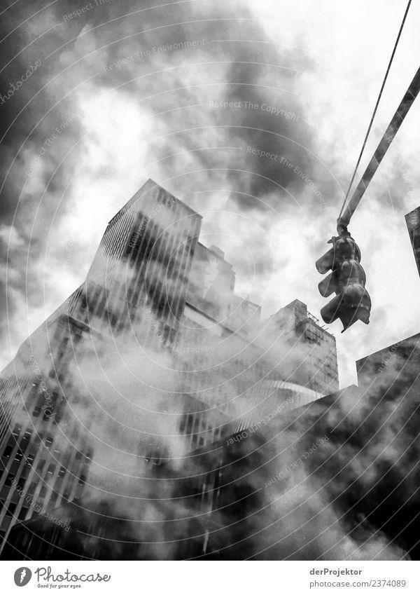 Rauch in Manhattan New York Ferien & Urlaub & Reisen Ausflug Freiheit Sightseeing Städtereise Hauptstadt Hafenstadt Hochhaus Bankgebäude Bauwerk Gebäude