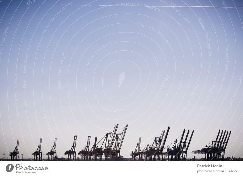 Big Blue Himmel blau Stimmung Hamburg viele Hafen bizarr Kran himmelblau Endzeitstimmung Hafenkran