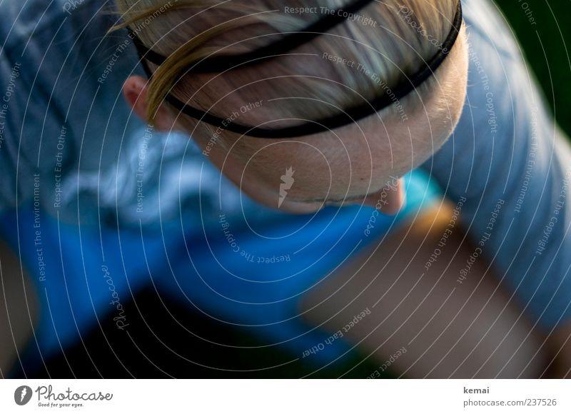Das Haar sitzt Mensch feminin Junge Frau Jugendliche Erwachsene Leben Kopf Haare & Frisuren Stirn 1 18-30 Jahre T-Shirt Trainingshose Accessoire Haarband blond
