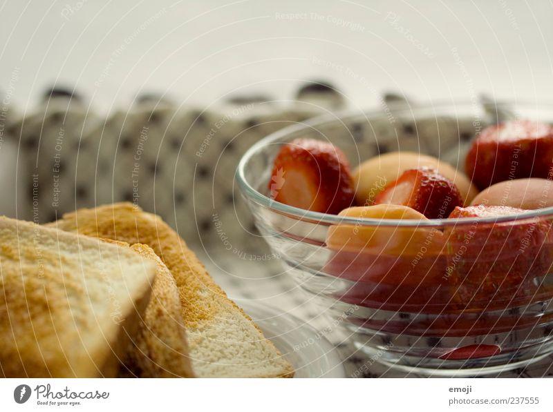 Frühstück Lebensmittel Frucht Brot Büffet Brunch Vegetarische Ernährung lecker Toastbrot Erdbeeren Schalen & Schüsseln Gesundheit Farbfoto Nahaufnahme