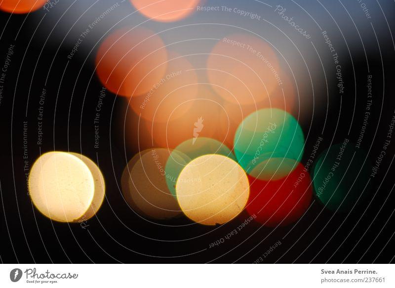 Sonnenuntergang. Lichtpunkt leuchten Lichteffekt Farbfoto mehrfarbig Außenaufnahme Menschenleer Kunstlicht Reflexion & Spiegelung Lichterscheinung rund Nacht
