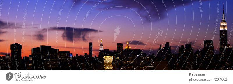 NY Skyline Himmel Stadt Wolken Haus Umwelt Wand Architektur Glück Mauer Gebäude Horizont Hochhaus Fröhlichkeit Neugier USA Bauwerk