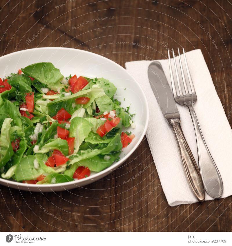 salat Lebensmittel Salat Salatbeilage Kräuter & Gewürze Tomate Ernährung Mittagessen Abendessen Bioprodukte Vegetarische Ernährung Diät Teller Besteck Messer