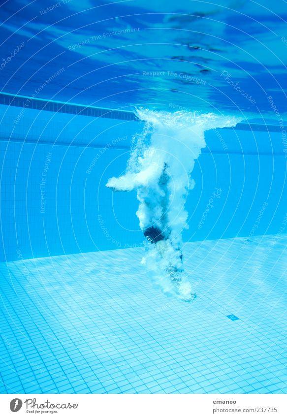 heavy impact Mensch Mann Jugendliche blau Wasser Ferien & Urlaub & Reisen Erwachsene Bewegung springen Luft Körper Schwimmen & Baden Freizeit & Hobby nass