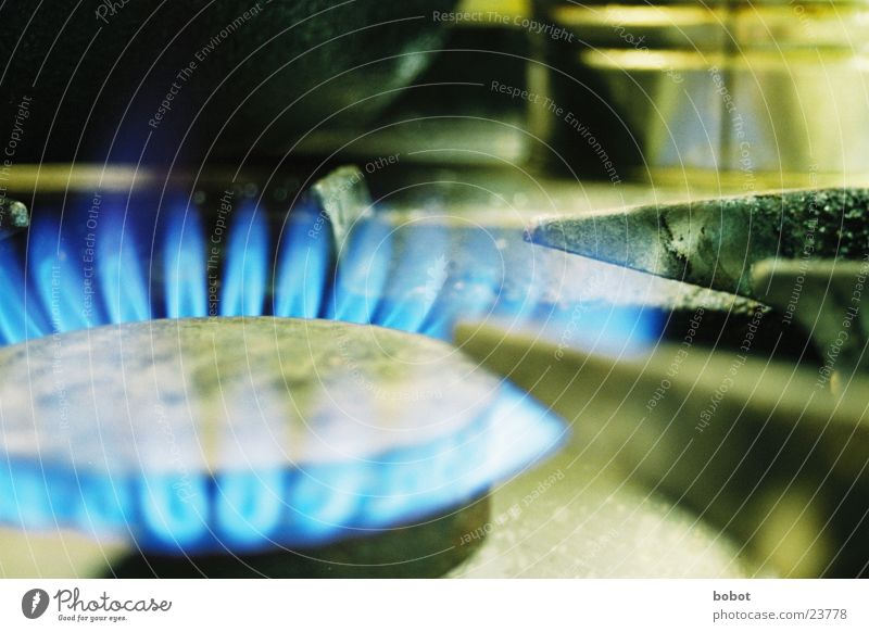 Ich habe da schonmal etwas vorbereitet blau Ernährung Wärme Brand Kochen & Garen & Backen Küche Physik heiß Flamme Topf Haushalt Herd & Backofen Grad Celsius