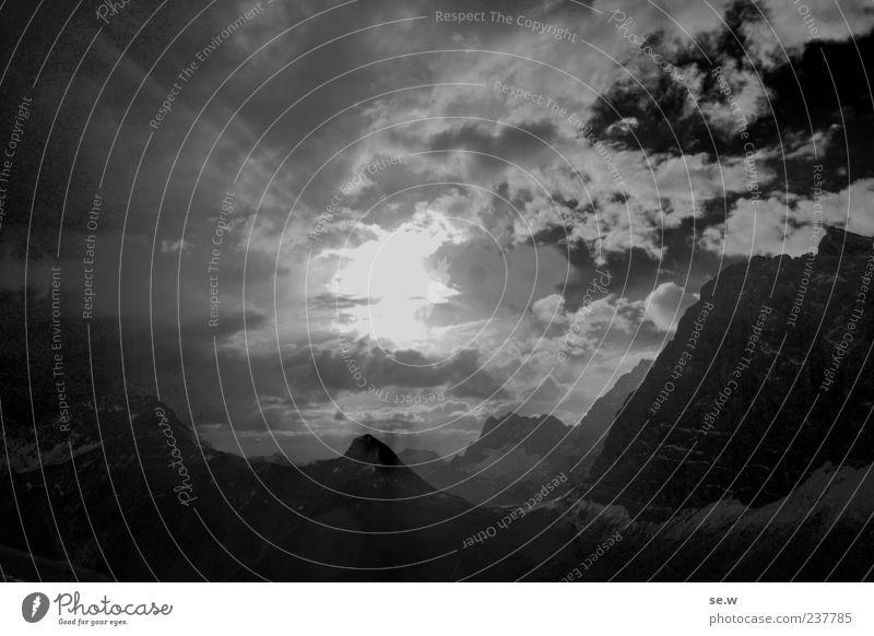 Harter Brocken Urelemente Himmel Gewitterwolken Sonne Sonnenaufgang Sonnenuntergang Sommer Wetter Felsen Alpen Berge u. Gebirge Kalkalpen Karwendelgebirge
