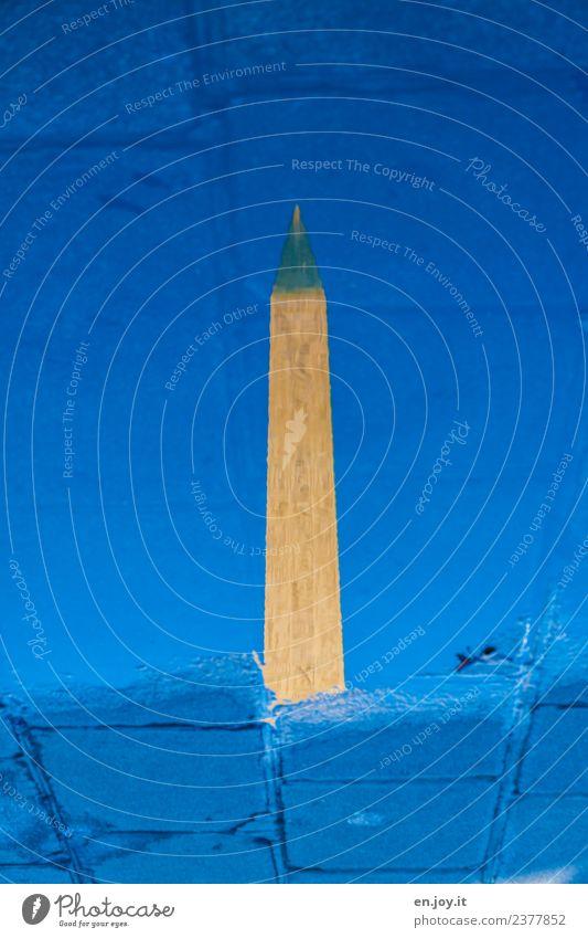 steht Kunst Skulptur Wasser Paris Frankreich Turm Bauwerk Sehenswürdigkeit Wahrzeichen Denkmal Obelisk Stein Zeichen dünn groß historisch Spitze blau Kraft