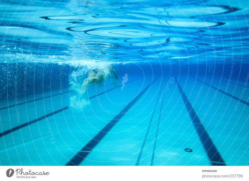 deep blue Mensch Frau blau Wasser Ferien & Urlaub & Reisen Sommer Freude Erwachsene kalt Leben Sport Bewegung Stil Schwimmen & Baden Wellen Freizeit & Hobby