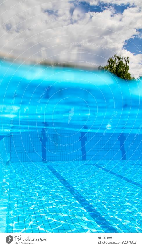 strandbad Lifestyle Freude schön Leben Erholung Schwimmen & Baden Freizeit & Hobby Sommer Sonnenbad Wellen Wassersport tauchen Schwimmbad Luft Himmel Wolken