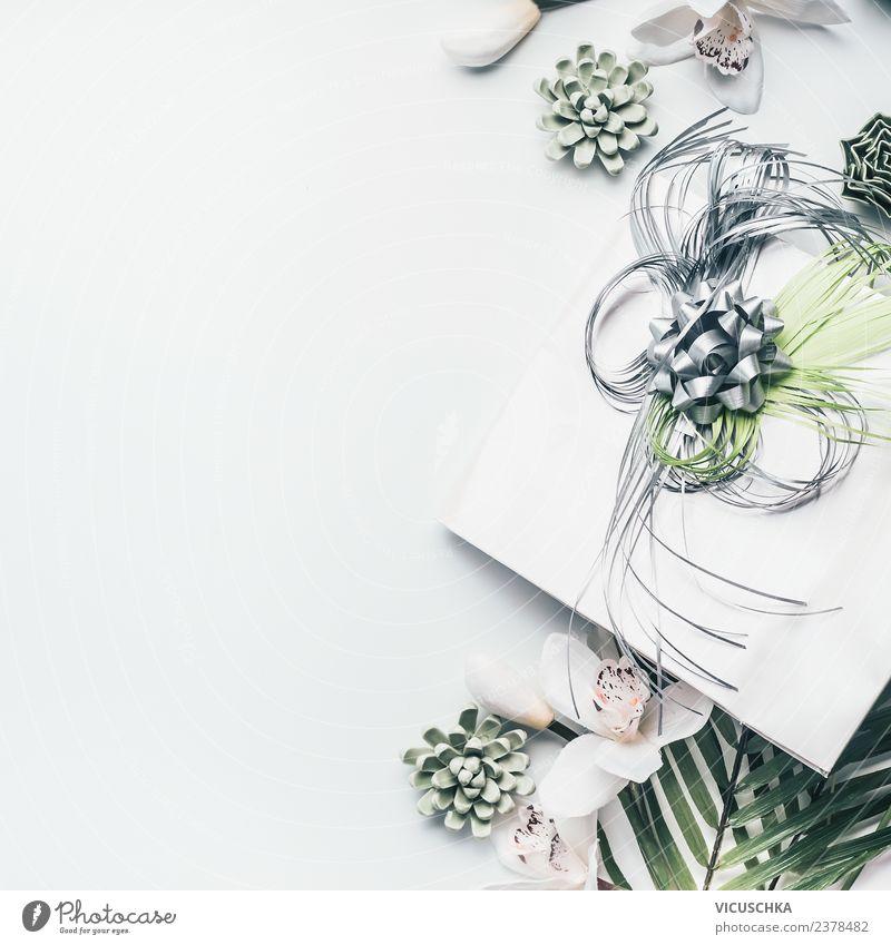 Geschenk mit Schleife und Blumen kaufen Stil Design Feste & Feiern Muttertag Hochzeit Geburtstag Orchidee Dekoration & Verzierung Blumenstrauß Zeichen trendy
