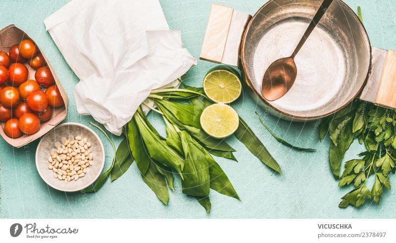 Zutaten für saisonale Gerichte mit Bärlauch Lebensmittel Ernährung Mittagessen Abendessen Bioprodukte Vegetarische Ernährung Diät Stil Design Gesundheit