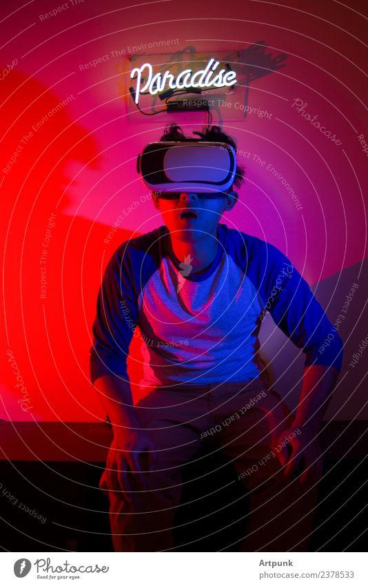 blau rot Technik & Technologie Computer Hinweisschild Grafik u. Illustration Paradies Neonlicht neonfarbig Lichtspiel erleben virtuell Gel Headset