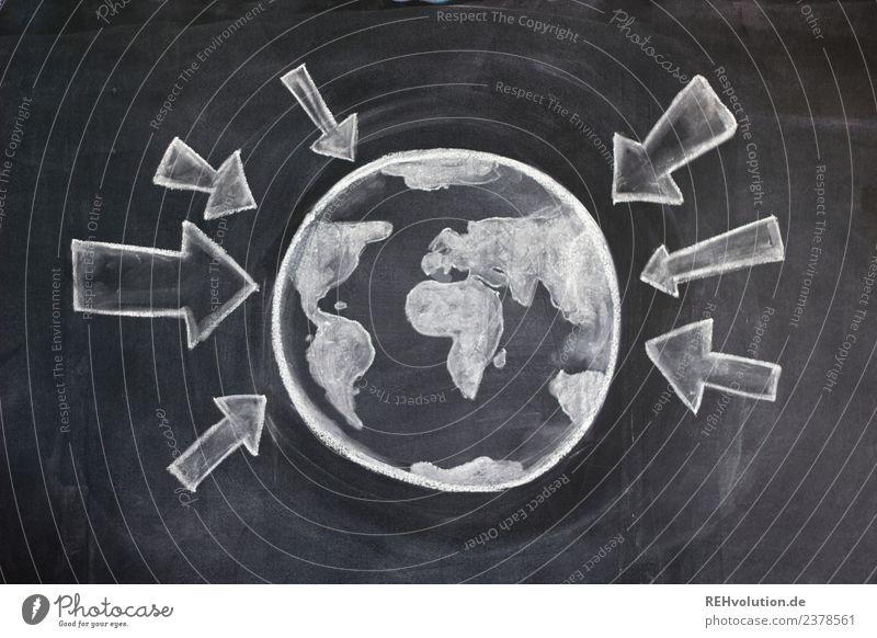 Tafelzeichnung | Welt mit Pfeilen Kugel Umwelt Umweltverschmutzung Umweltschutz Erde Planet Globus Druck Hinweisschild Geografie Farbfoto Innenaufnahme