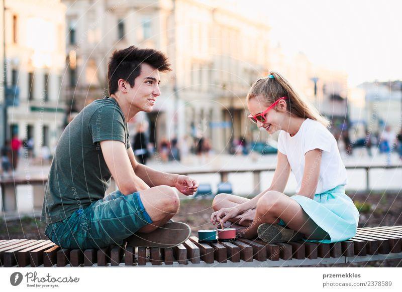 Frau Mensch Ferien & Urlaub & Reisen Jugendliche Mann Junge Frau Sommer Stadt Junger Mann Freude Erwachsene Essen Lifestyle Liebe Familie & Verwandtschaft