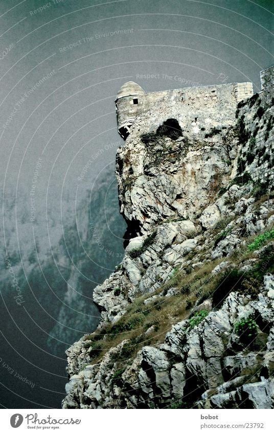 Wachturm von Amon Sûl Stein Mauer Regen Architektur Aussicht Fantasygeschichte Wachsamkeit Festung Geröll Wachturm Der Herr der Ringe Der kleine Hobbit