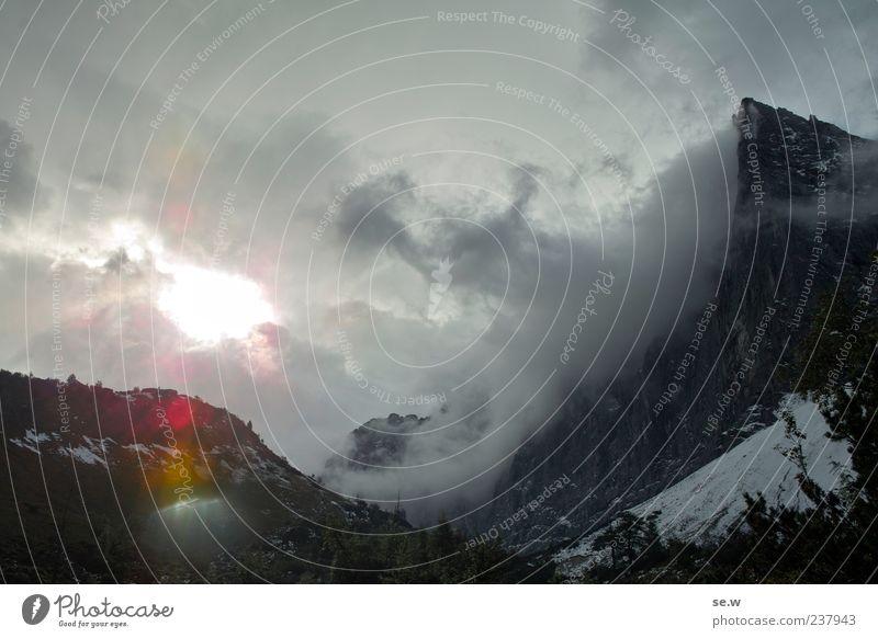 Wolkentreiben Himmel Gewitterwolken Sonne Sonnenaufgang Sonnenuntergang Herbst Schnee Alpen Berge u. Gebirge Kalkalpen Karwendelgebirge Schneebedeckte Gipfel