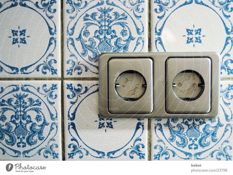 Volt Tresor blau Elektrizität Technik & Technologie Küche Schutz Fliesen u. Kacheln Haushalt Steckdose Elektrisches Gerät