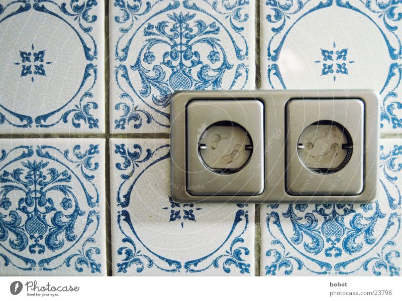 Volt Tresor Steckdose Muster Elektrizität Haushalt Küche Elektrisches Gerät Technik & Technologie Schutz Kindersicherung Fliesen u. Kacheln blau