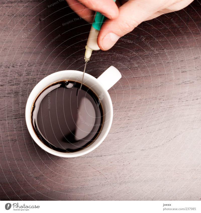Extra weiß grün Holz braun Finger Kaffee rund Hand geheimnisvoll Flüssigkeit Gesellschaft (Soziologie) Risiko Tasse Gesundheitswesen Gift spritzen