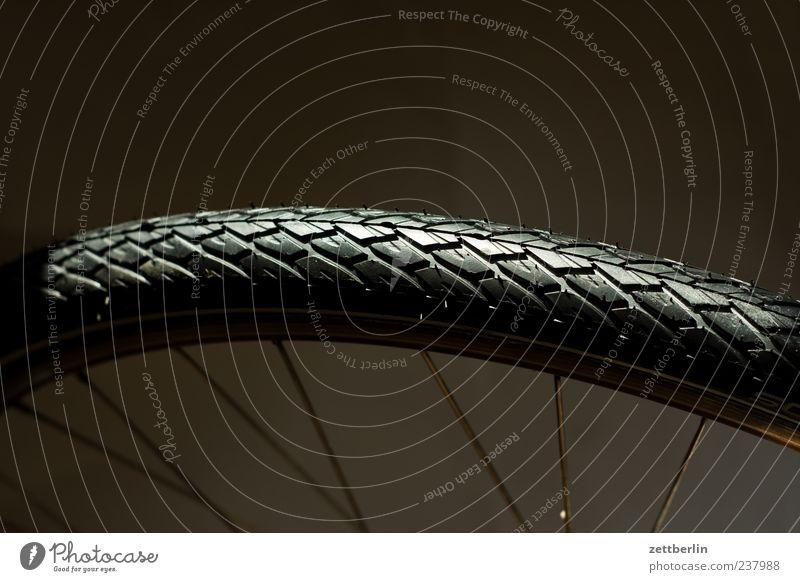 Reifen Freizeit & Hobby Ferien & Urlaub & Reisen Tourismus Ausflug Fahrrad glänzend neu Sauberkeit schwarz Rad Speichen Fahrradreifen Farbfoto Gedeckte Farben